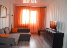 Сдам 1-комнатную квартиру, 42 м2, Новосибирск, улица Фрунзе, 49