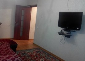 Снять - фото. Снять однокомнатную квартиру посуточно без посредников, Махачкала, улица Азиза Алиева, 9, Советский район - фото.