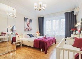 Снять - фото. Снять четырехкомнатную квартиру посуточно без посредников, Москва, Старопименовский переулок, 16, ЦАО - фото.